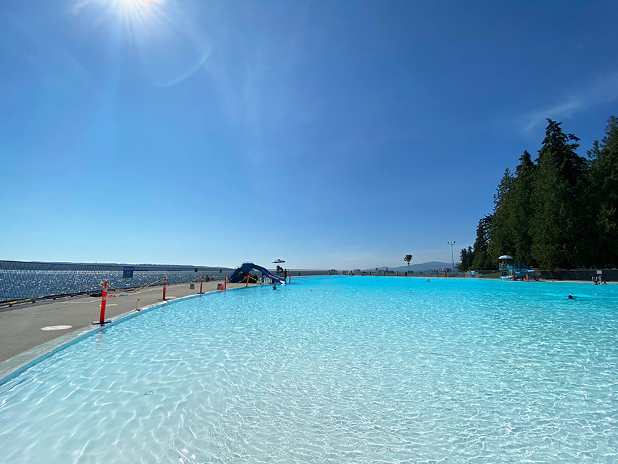 Vancouver BC - Swim at Second Beach Pool