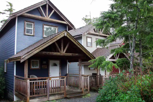 Ucluelet Waterfront Airbnb Cabin
